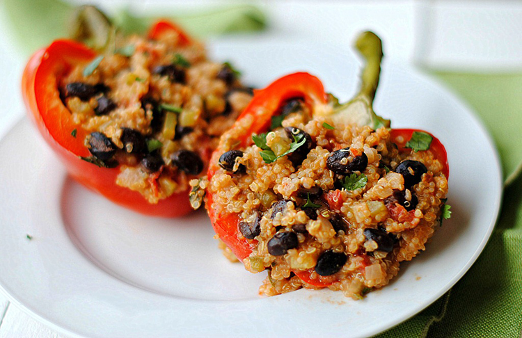 Quinoa Stuffed Bell Peppers - Eat Yourself Skinny