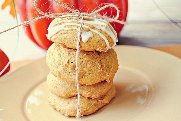 Eat Yourself Skinny » Iced Pumpkin Cookies