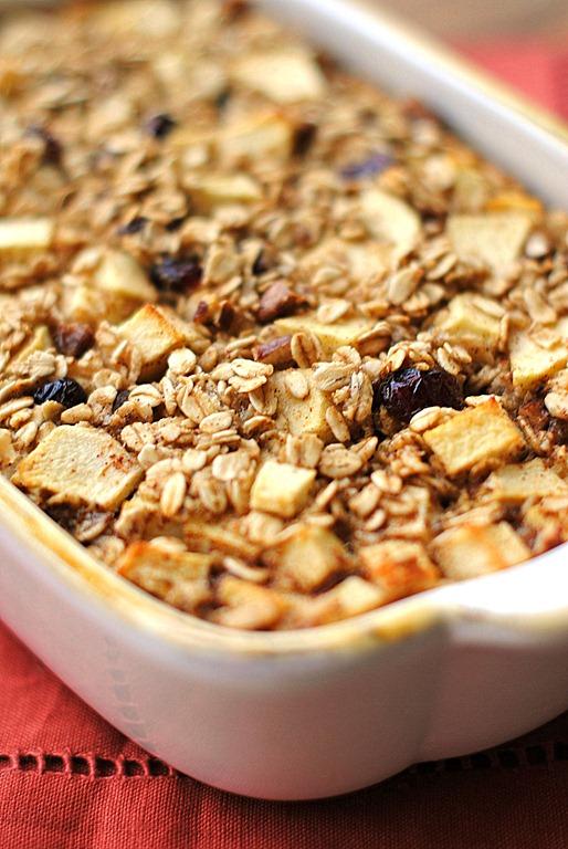 Eat Yourself Skinny » Apple Cinnamon Baked Oatmeal