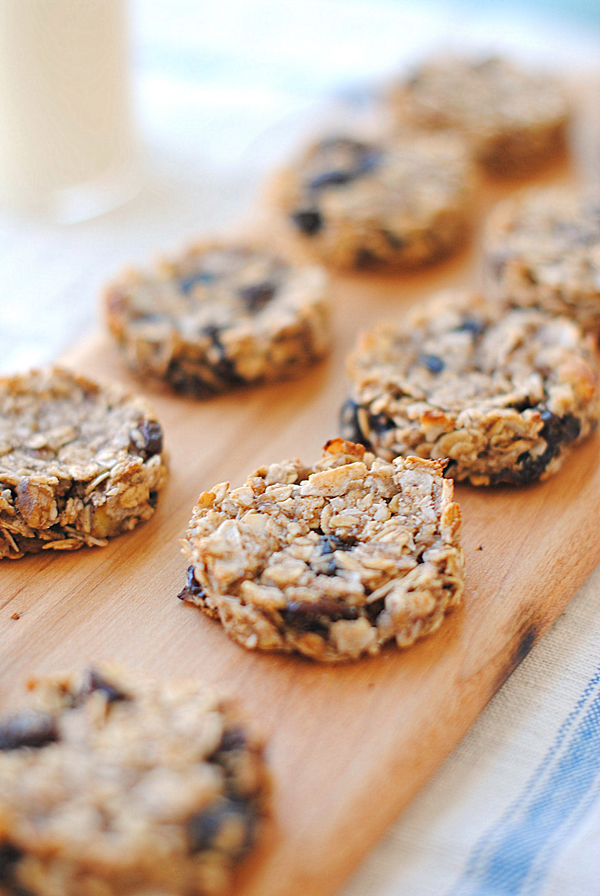 Guilt-Free Oatmeal Raisin Cookies - Eat Yourself Skinny