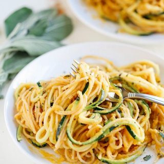 Zucchini noodles tossed with pasta is pretty much my favoritehellip