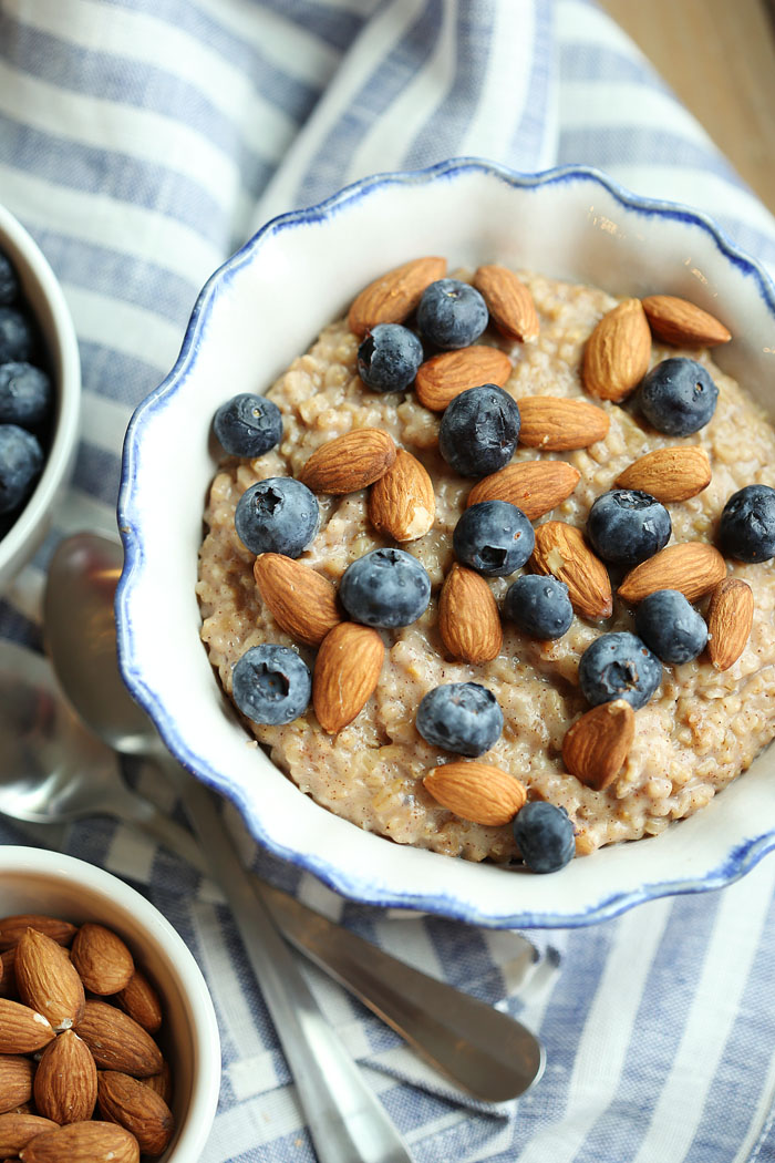 Vanilla Almond Oatmeal With Blueberries Eat Yourself Skinny