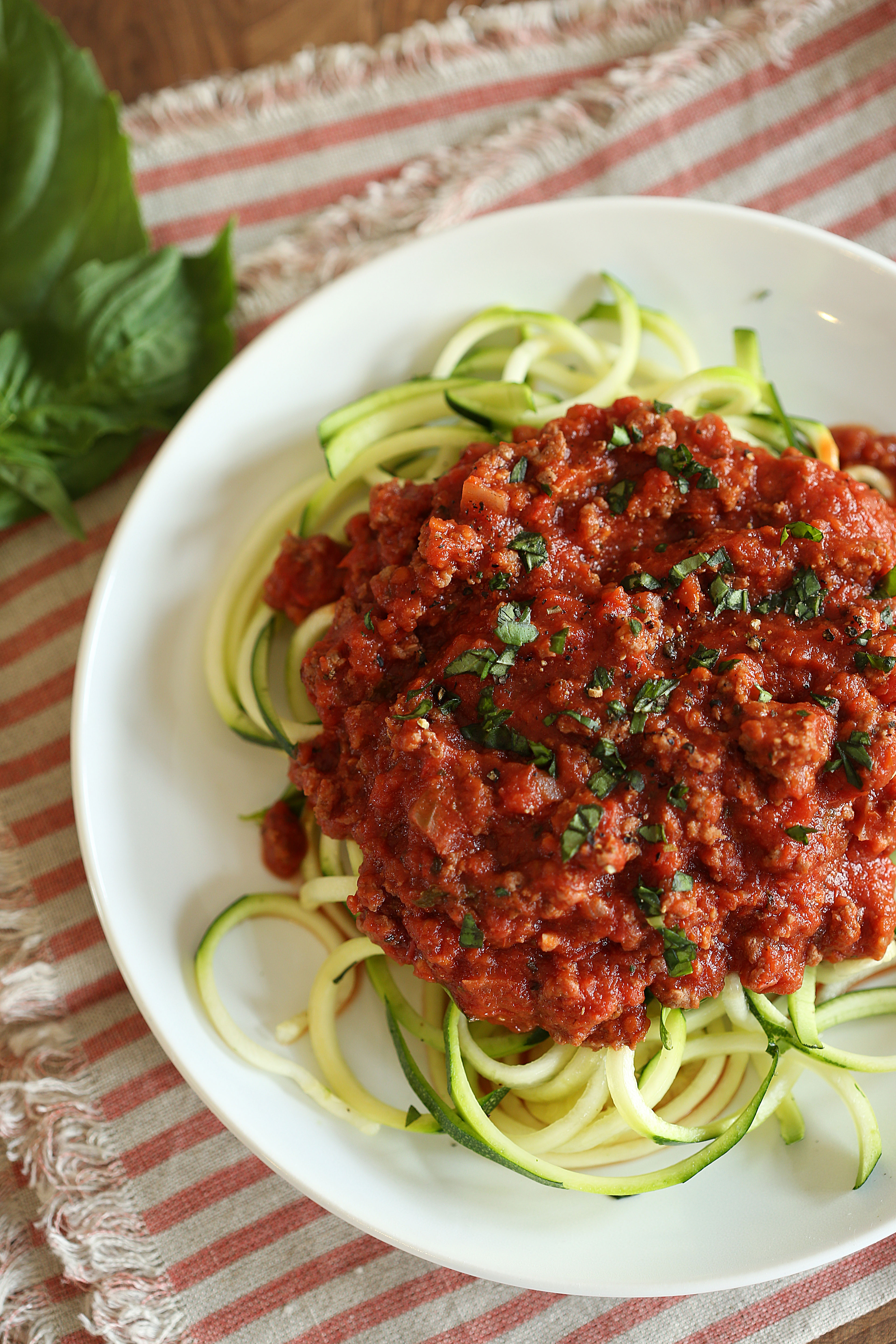 Zucchini Noodles with Simple Bolognese SauceEat Yourself Skinny