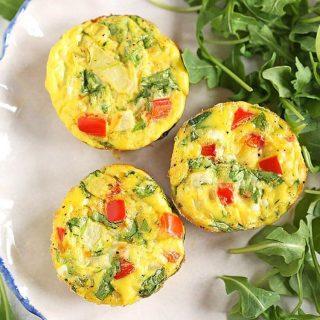 Grabbing these Veggie Egg Muffins for breakfast this morning beforehellip