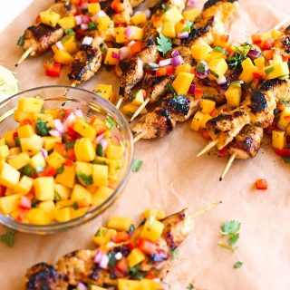 These Mango Sriracha Chicken Skewers are just what the summerhellip