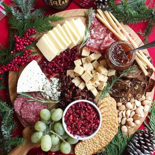 Sharing how to create a stunning Holiday Cheese Board onhellip