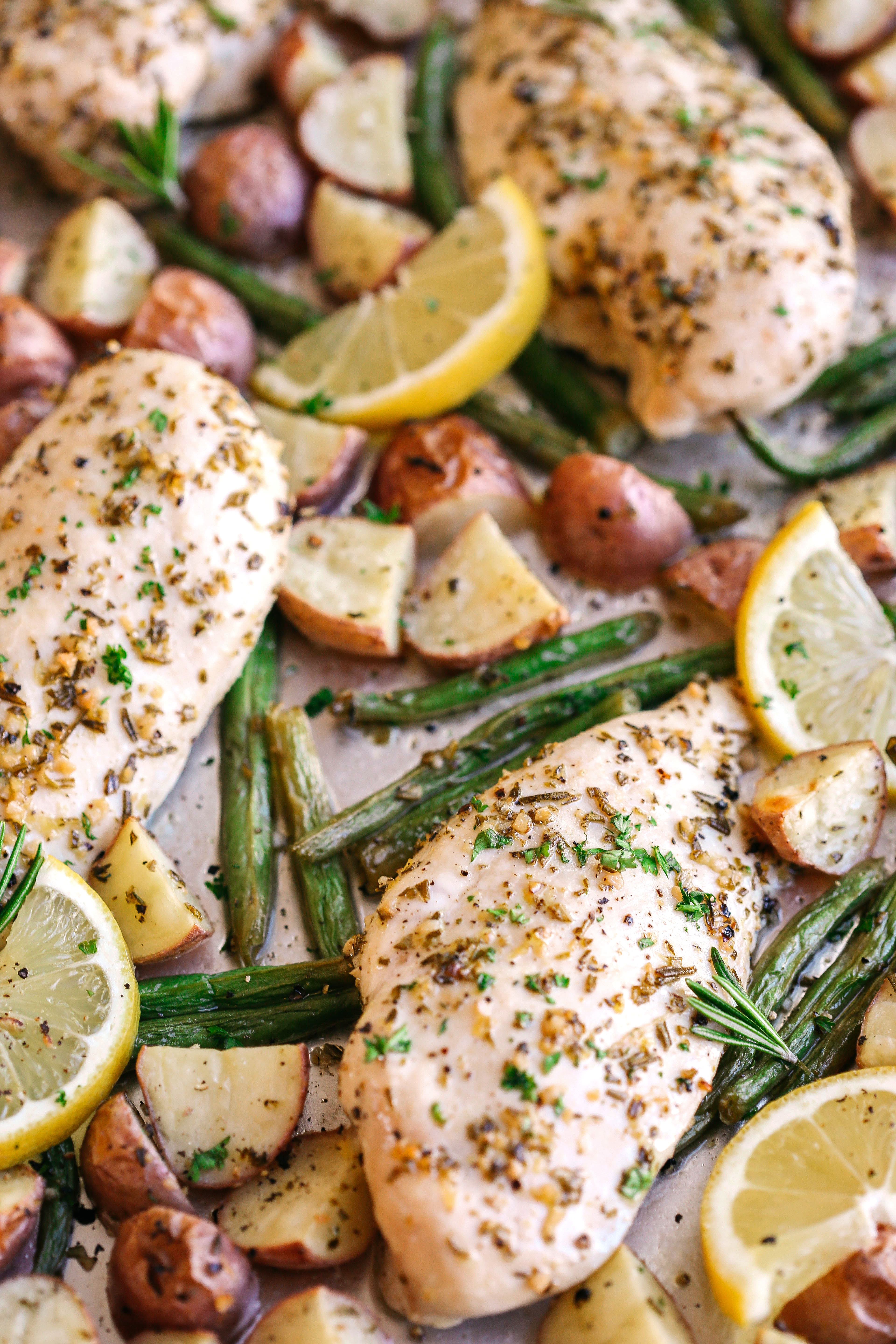 This Sheet Pan Lemon Rosemary Chicken and Potatoes make the perfect weeknight dinner that's quick, healthy and easily made all on one pan!