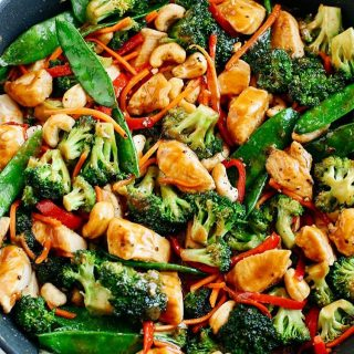 You guys! This EASY 20 Minute Healthy Cashew Chicken Stirhellip